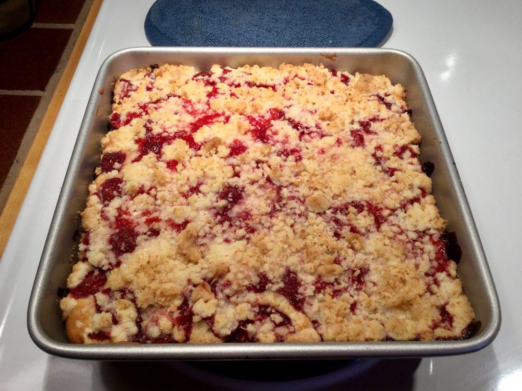 Gâteau aux fraises cuit