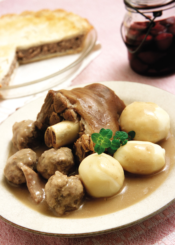 Pig Feet, Chicken and Meatballs Quebec Ragout