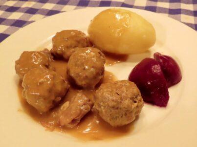 Ragoût de patte et boulettes dans l'Instant Pot